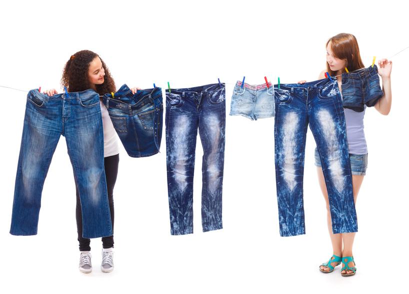 Джинсовая одежда, имеющая специальный двойной прокрас overdye, придающий ей глубокий, насыщенный цвет, может