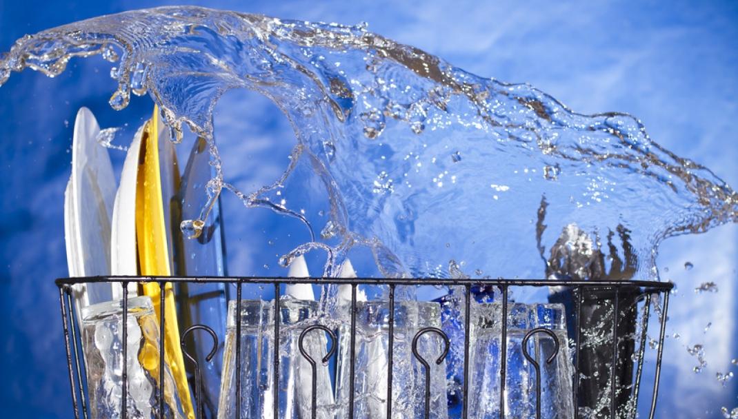Puliti & Felici - Prolungare la vita della lavastoviglie