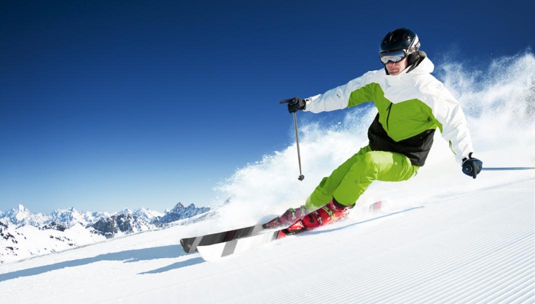 Puliti&Felici - Pulire le attrezzature da neve: sci, scarponi e snowboard