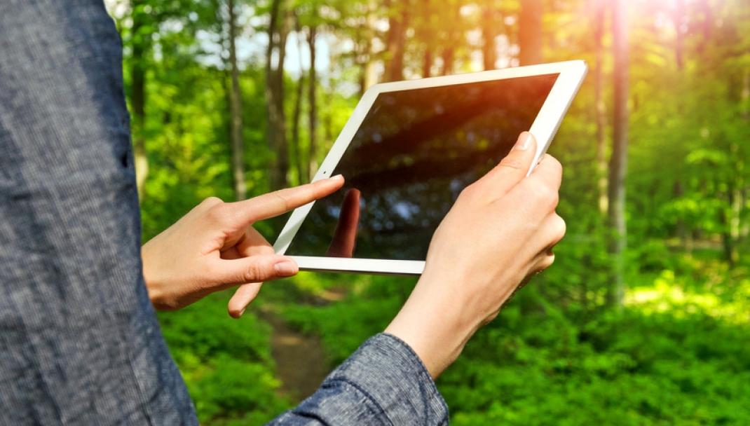 Puliti&Felici - Pulire schermo smartphone e tablet