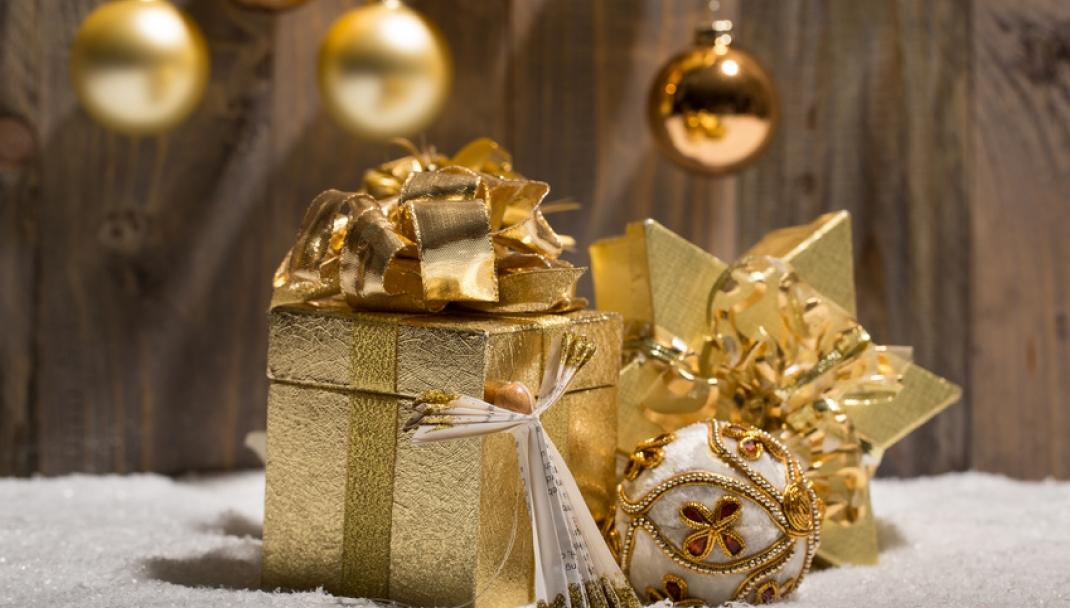 Puliti & Felici - Alla ricerca degli ultimi regali di Natale